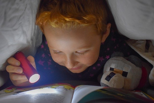 get kids to love reading
